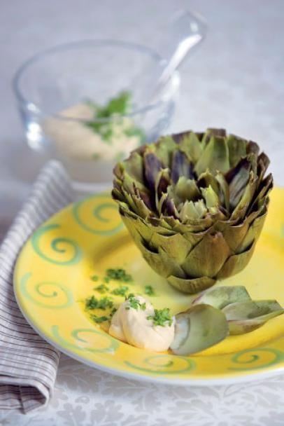 Latva-artisokka ja kuohkea sitruunakastike | Maku