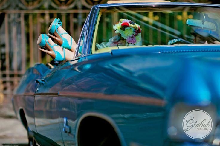 Машина на свадьбу. Blue wedding car.