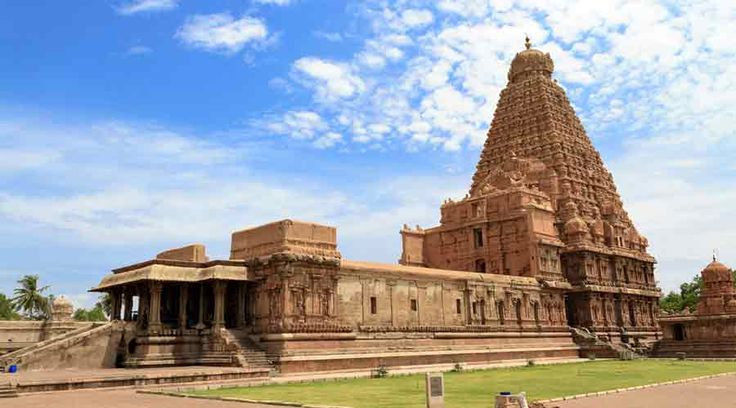 Holidays in Tour of Saints of #SouthIndia - Tour of Saints of South India tour and travel packages with available with deals. Book Tour of Saints of South India holiday packages online with Holidayrahi.com.