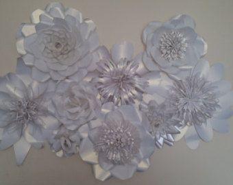 Papel gigante flores decoración púrpura-mesa por WPaperFlowerDesign