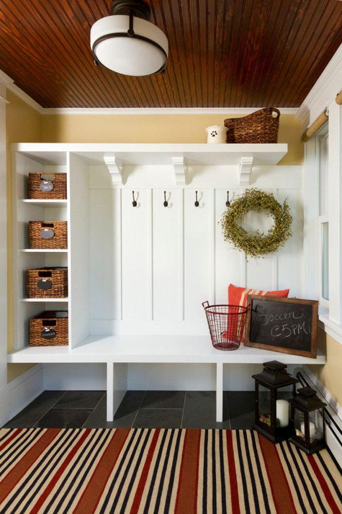 Прихожая в цветах: серый, светло-серый, белый, бежевый. Прихожая в стилях: прованс.