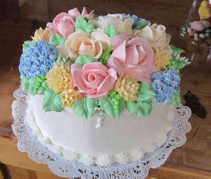 Gutes Essen, Hochzeitstorten, Rosentorte, Deko Ideen, Geburtstagskuchen,  Alles Gute Zum Geburtstag, Schöne Kuchen, Süßes Gebäck,  Muschelfleischkroketten