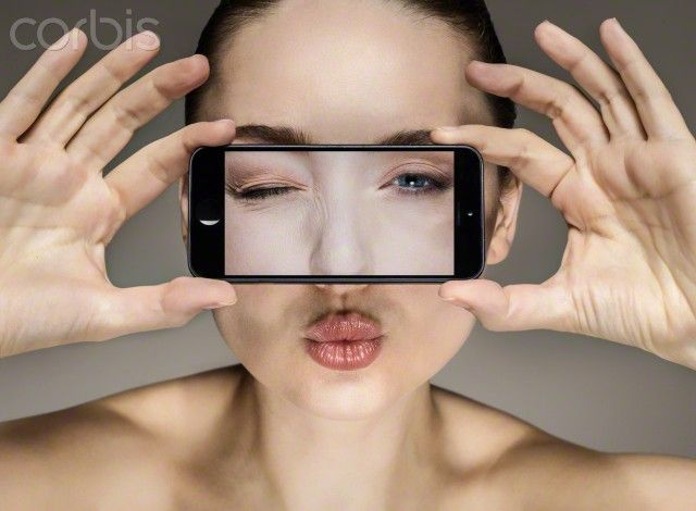 #Fotochannels #selfie #smartphone http://fotochannels.com/zoom/42-65777419/