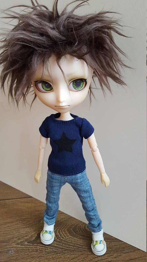 Navy blue T-shirt with black star for Isul doll