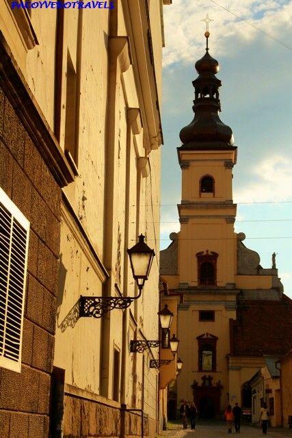 Iglesias de Trnava la pequeña #roma de #eslovaquia http://www.pacoyverotravels.com/2014/07/viaje-eslovaquia-que-visitar-en-trnava.html
