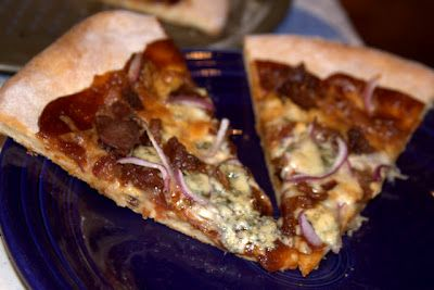 Our family's FAVORITE pizza BACON BBQ PIZZA