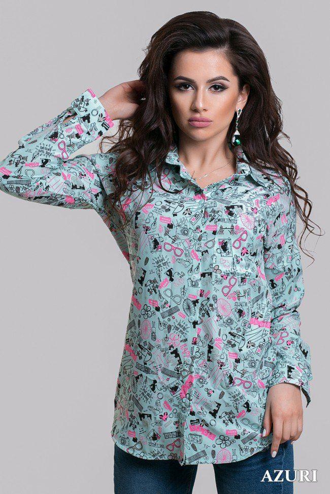 Блузка с ярким принтом Blouse with a bright print