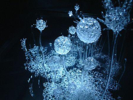 【F】青木美歌さんの作品。とても繊細できれい。