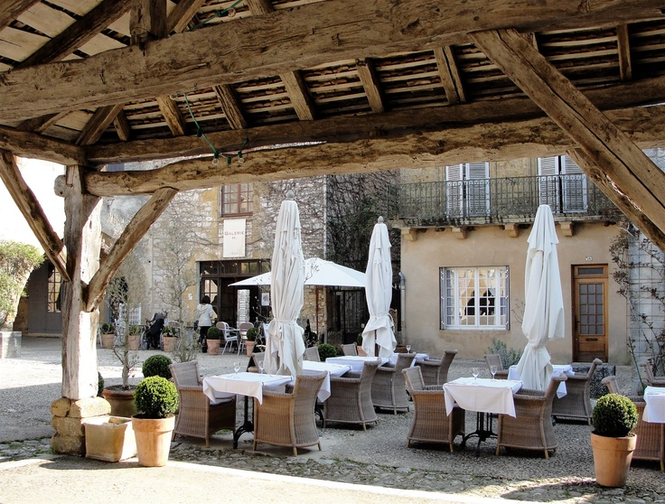 117 best french country patios images on pinterest for French style courtyard ideas