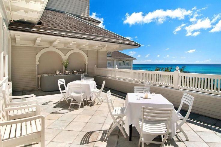 Moana Surfrider, A Westin Resort - outdoor banquet area