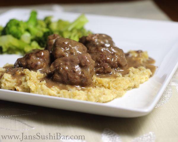 grain free swedish meatballs with gravy (tapioca flour)