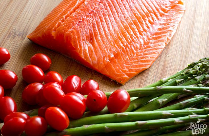 Salmon With Cherry Tomato Salsa And Asparagus   Paleo Leap