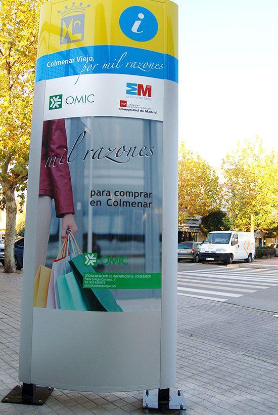 Totems instalados para el Ayuntamiento, en diferentes puntos de la población y campañas de publicidad de ambas caras