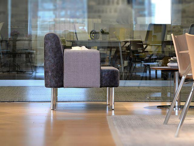 Versteel Elly Lounge Chair, Roberto Lucci design