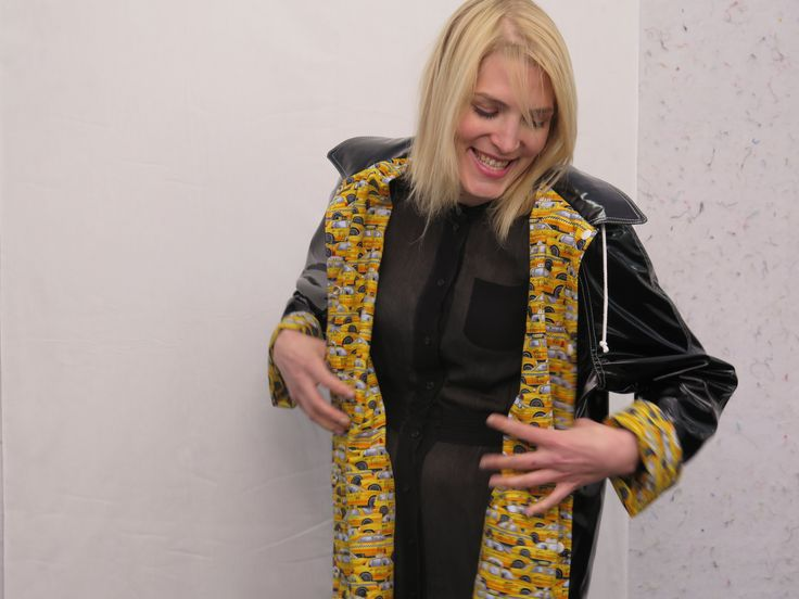 CQ Staffer Karen wears an NYC Boutique Raincoat with Timeless Treasures Taxi Cabs print lining the interior.
