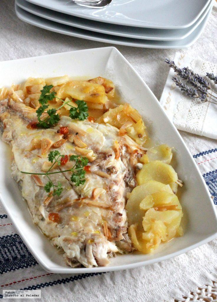 Te explicamos paso a paso, de manera sencilla, la elaboración de la receta de Pargo al horno con patatas coci-asadas. Ingredientes, tiempo de elaboración