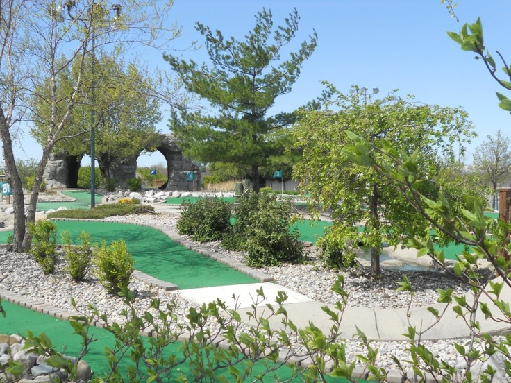 What's better than mini-golf on a sunny summer day?!  www.glgsc.com