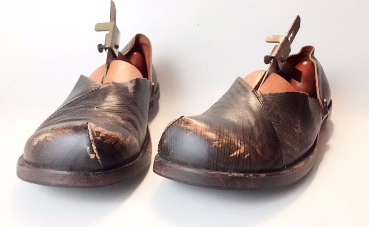 CYDWOQ Size 39/8.5 Classic Earth Shoe Black Brown Distressed Loafers #CYDWOQ #LoafersMoccasins #Casual