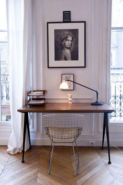 MARIU DE ANDREIS, CHIARA 14 ANS, INES 12 ANS, JOSEPH 3 ANS ET DEMI créatrice de la marque de mode enfantine Zef, 8ème arrondissement de Paris
