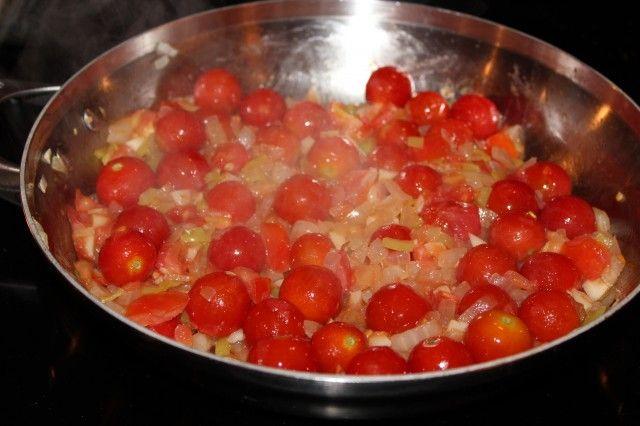 ... | Cherry Tomato Pasta, Cherry Tomatoes and Tomato Pasta Sauce