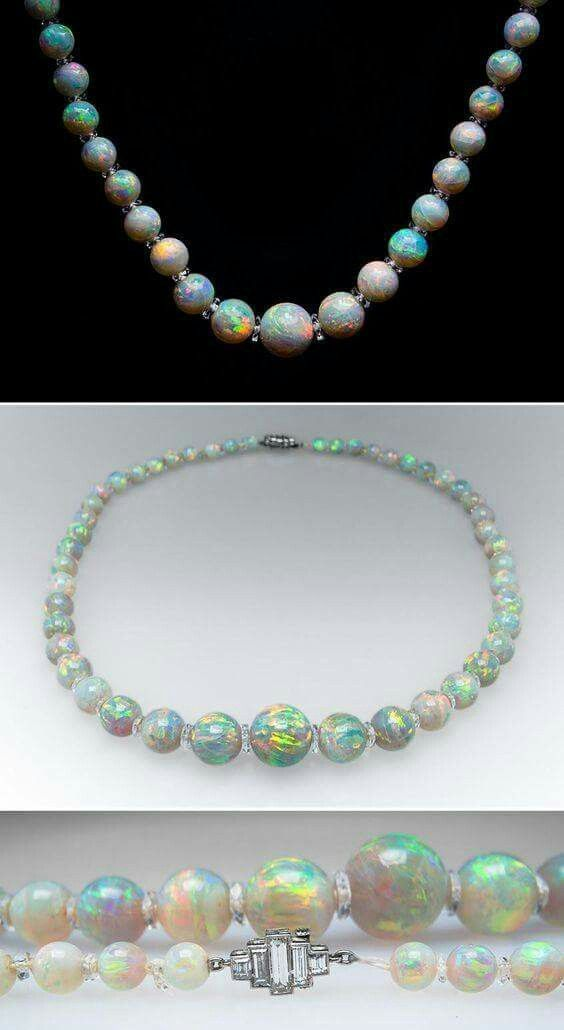 1900 opal necklace.....absolutely gorgeous!