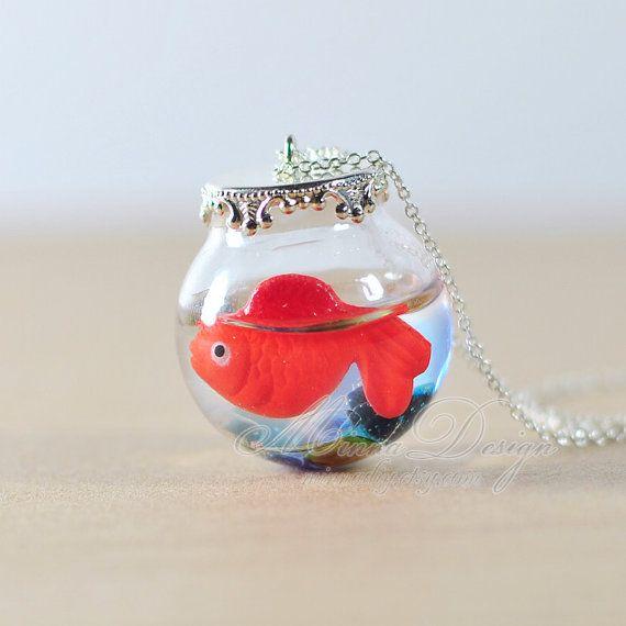 Cute Goldfish Necklace Red Goldfish In Round Glass par minnadiy, $15.90