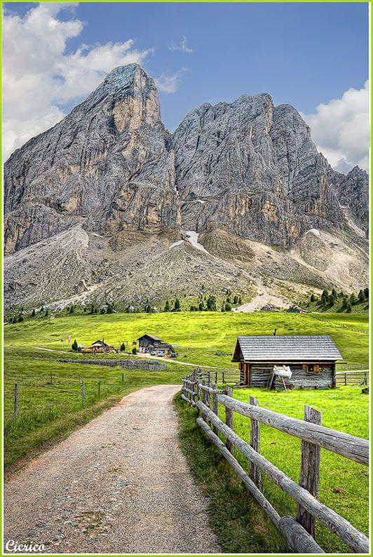 San Martino in Badia , loc. Antermoia al Passo delle Erbe, Würzjoch 2.033 mt. - Sass de Putia, Peitlerkofel 2.875 mt. | Flickr - Photo Sharing!