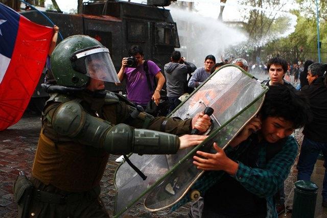 """JUECES ACUSAN """"TOTAL DESPRECIO"""" DE CARABINEROS A LA AUTORIDAD JUDICIAL"""