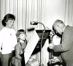 Julie Andrews, Karen Dotrice Mary Poppins rehearse