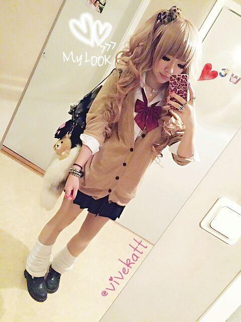 schoolgirl ✧