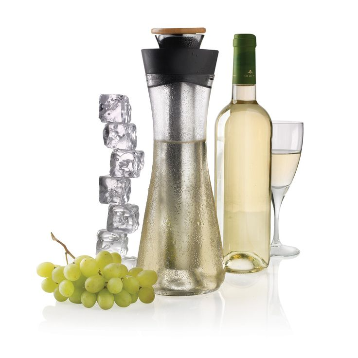Een chique accessoire dat met name tijdens heerlijke zomeravonden bijzonder goed van pas komt: Gliss, de witte wijn karaf!