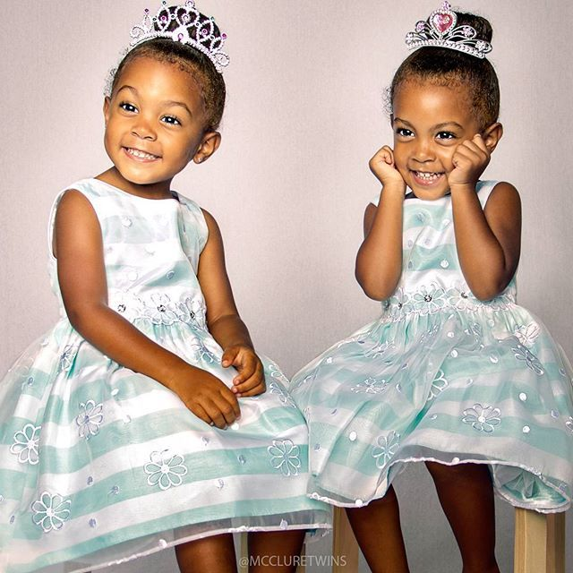 543e476113ab7524a3222d16468f3c40 toddler twins twin sisters 15 best mcclure twins images on pinterest triplets, siblings and,Mcclure Twins Meme