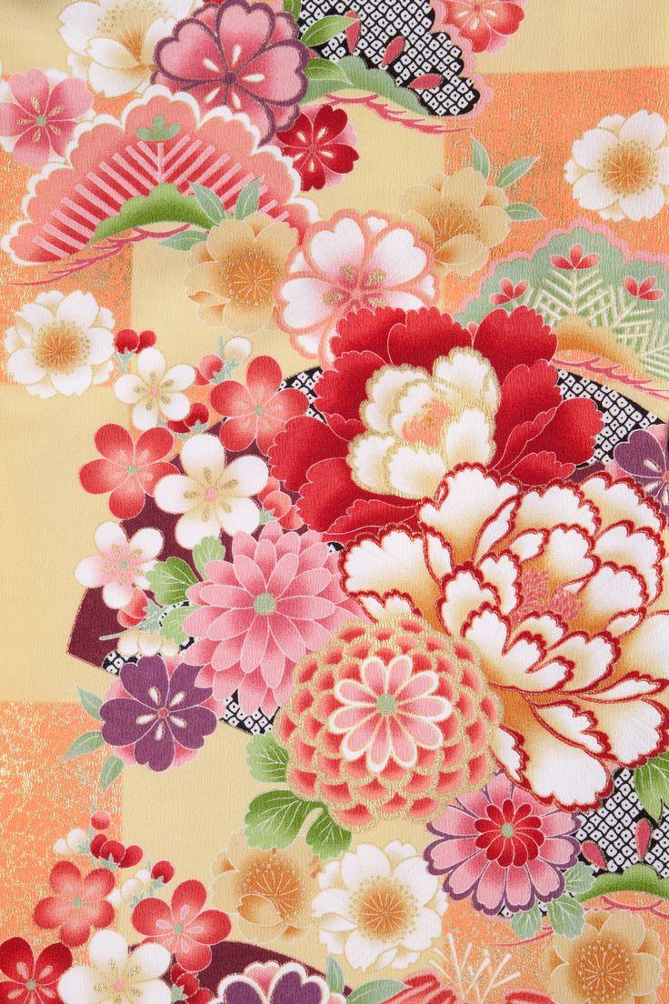 着物 No:869 商品名:クリーム 古典大市松 (I like kimono fabric. So if you want to do that tribal pattern with mini sakura flowers thats cool)