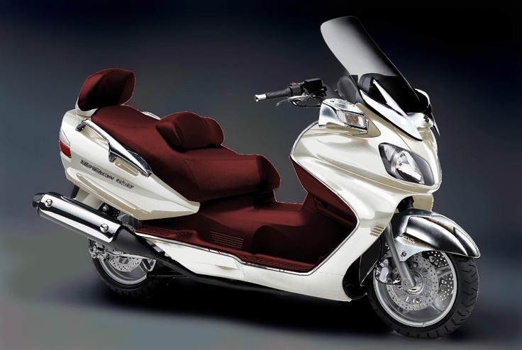 Les 224 meilleures images du tableau nice scooters sur for Garage scooter nice