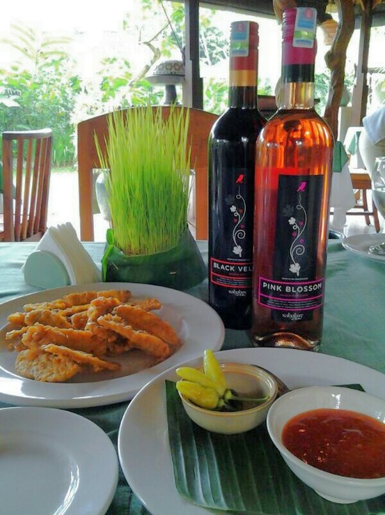 Indonesian Wine with Indonesian Food