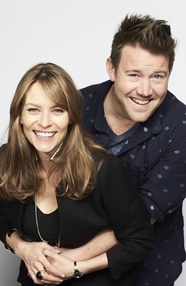 Kat Stewart and Eddie Perfect as Billie and Mick in Offspring