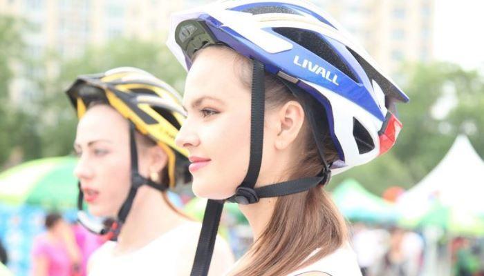 Livall — продвинутый велосипедный шлем