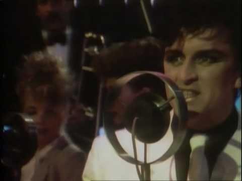 ▶ Visage: Night Train 1982 original - YouTube
