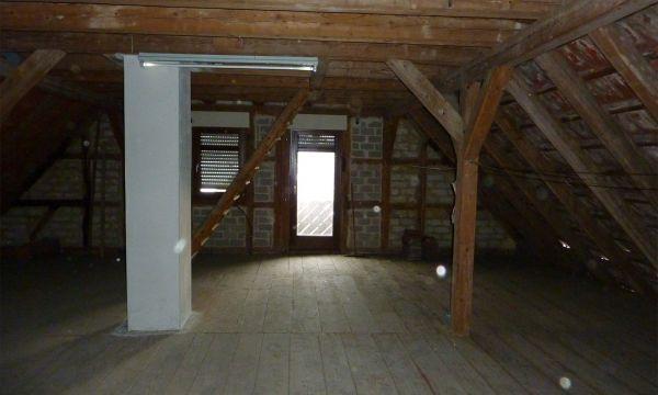 Vom Dachboden zum Wohnraum  Vorher: Dachboden 3