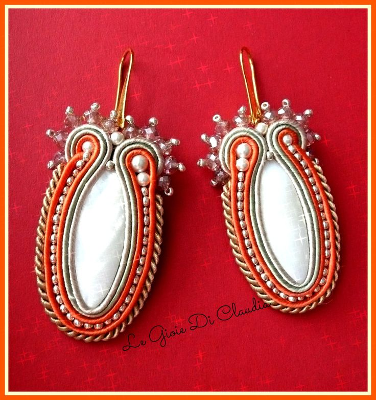 Soutaches earring with nacre and Bohemian crystal