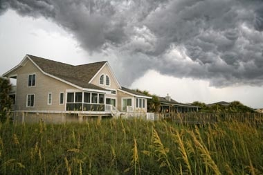 Summer can bring stormy weather.  Find out how to get these new tornado alerts.  http://www.amfam.com/homepage-news/tornado-alert.asp?tid=fp25#?sourceid=PIN_HM_TWISTR