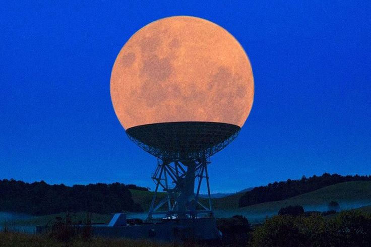 The Supermoon in a radio telescope.The 100 best photographs ever taken without photoshop