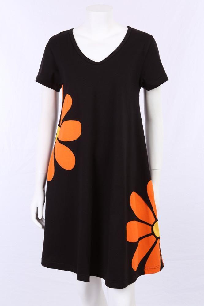 75d8743a Kjole i A-facon med orange margueritter | Syning | Kjole, Orange ...