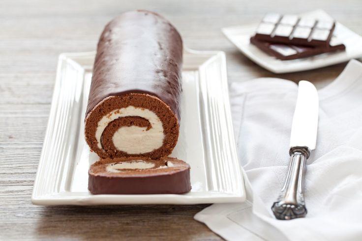 Rotolo al cioccolato con crema al mascarpone ricetta