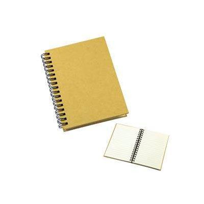 Libreta ecológica con tapas duras de cartón reciclado 650 gsm, 80 hojas interiores lineadas y pre-picadas de papel reciclado y anillado metálico doble cero.