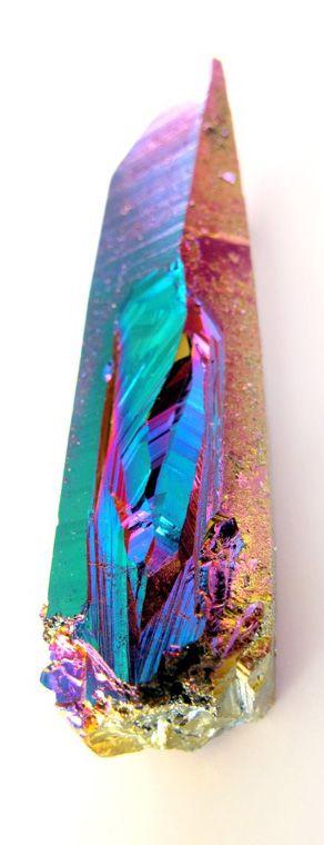 iridescent | mother-of-pearl | gleaming | shimmering | metallic rainbow | shine | opalescent | Iridient | Titanium quartz