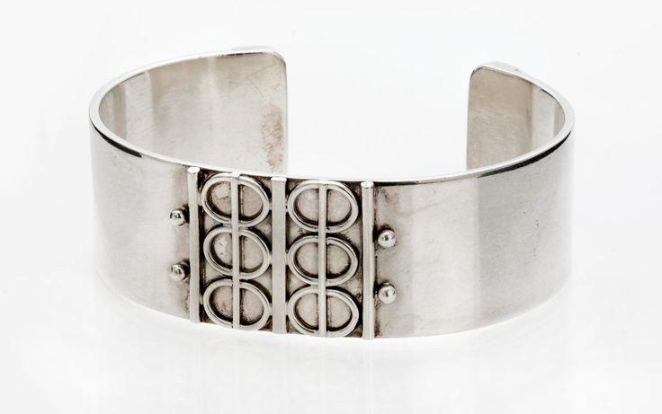 Silver cuff bracelet - Just Andersen