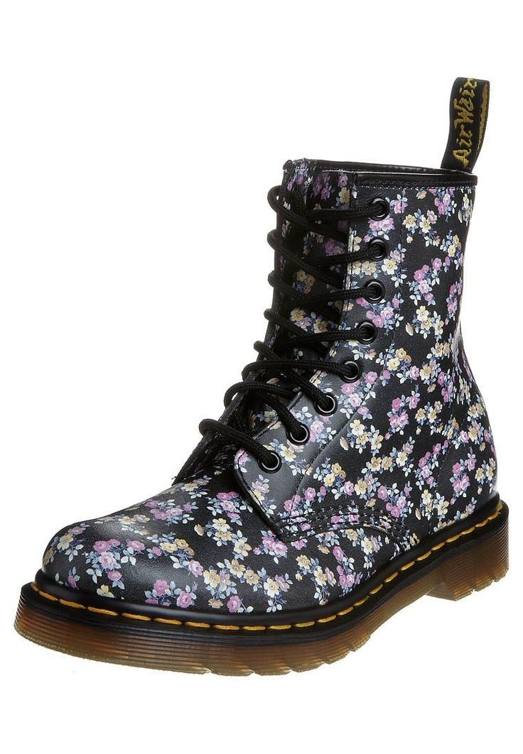 les 25 meilleures id es de la cat gorie doc martens fleurs sur pinterest doc martens floral. Black Bedroom Furniture Sets. Home Design Ideas