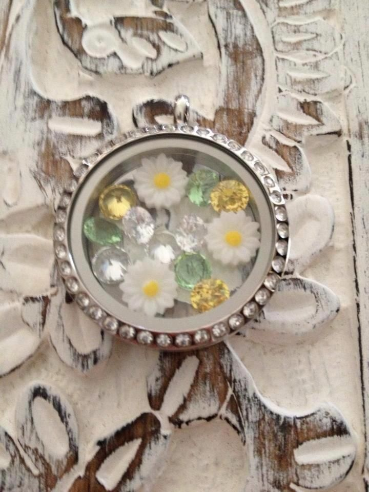 Bring Spring with an Origami Owl Living Locket!