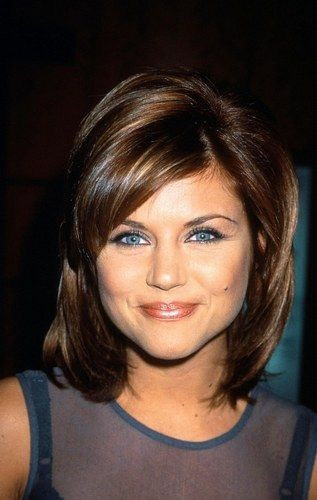 tiffany+amber+theisen+hairstyle+photos | tiffani amber thiessen publiee par normaje 4 2 5 note cette photo lien ...